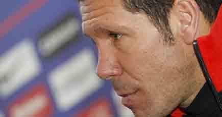 Simeone convoca a 19 jugadores, con las bajas de Juanfran y Falcao