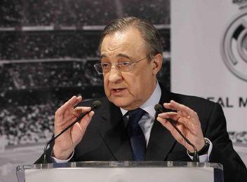 Florentino Pérez, durante la rueda de prensa en la que ha desmentido al diario Marca.