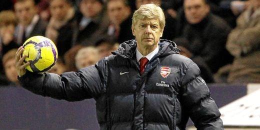 Arsene Wenger durante un partido del Arsenal.