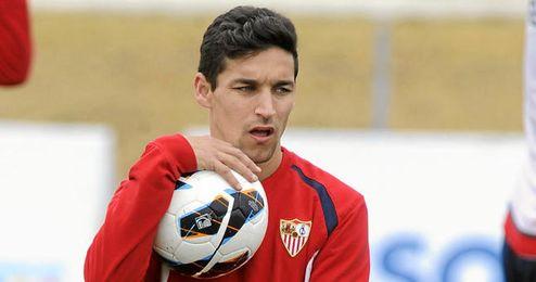 Jesús Navas durante un entrenamiento con el Sevilla.