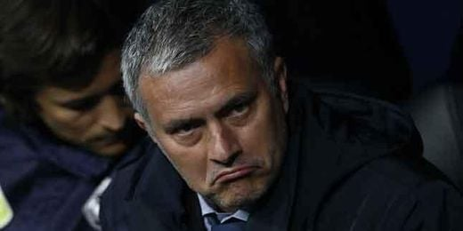 Mourinho, durante la final de Copa ante el Atlético de Madrid.