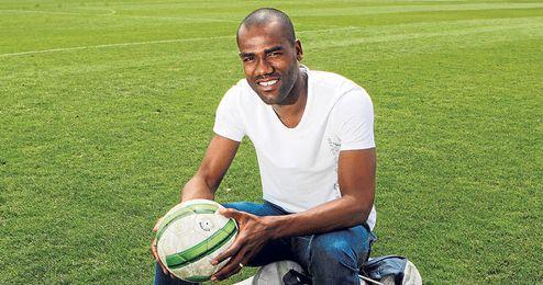 """Paulao descarta abandonar un club en el que ha encontrado """"una familia""""."""