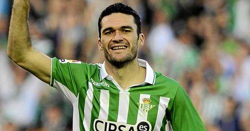 Jorge Molina celebra su gol, el tercero del partido.