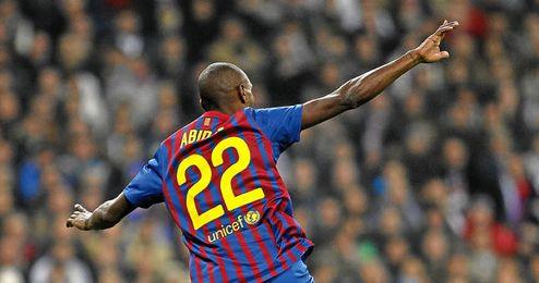Abidal abandona el Barcelona tras seis años.