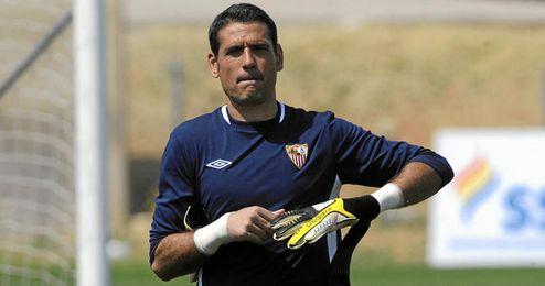 Palop durante un entrenamiento con el Sevilla.
