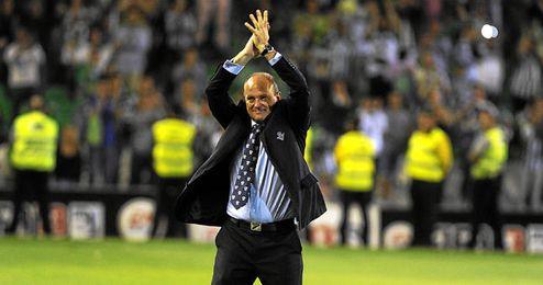 Pepe Mel celebrando la victoria del último partido de Liga.