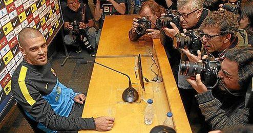 El guardameta durante la rueda de prensa ofrecida en la mañana de hoy.