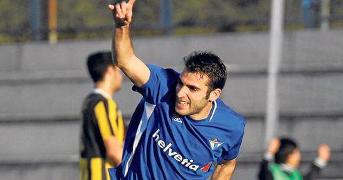 Antoñito festeja el gol que consiguió contra el San Roque, uno de los cuatro que ha contabilizado.