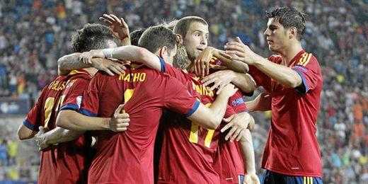 La ´Rojita´ mostró su mejor fútbol frente la ´orange´ y ya está en semifinales.