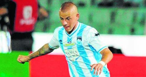 Weiss jugó este año 23 partidos con el Pescara (5 goles y 6 asistencias).