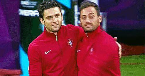 Hélder Postiga y Beto ya comparten vestuario en la selección portuguesa.