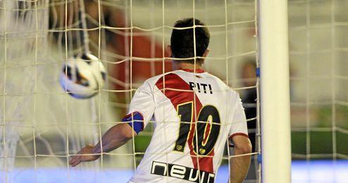 Piti firma por tres temporadas con el Granada.