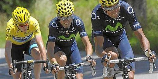 Valverde, en la imagen junto a Froome, se despide virtualmente del Tour después de la etapa de hoy.