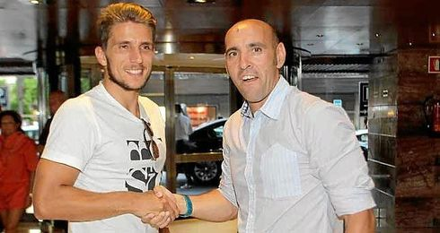 Carriço, junto a Monchi, a su llegada a Sevilla.