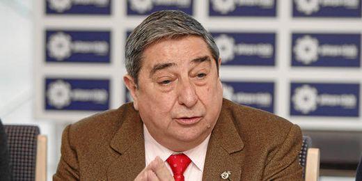 Augusto César Lendoiro en rueda de prensa.