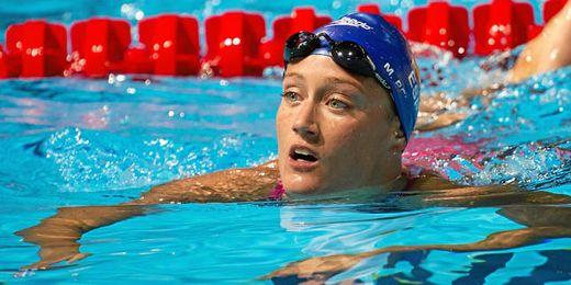 Mireia Belmonte se alzó con el bronce en los 200 estilo