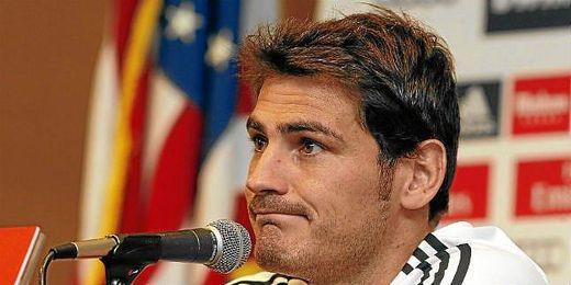Iker Casillas durante la rueda de prensa en UCLA.