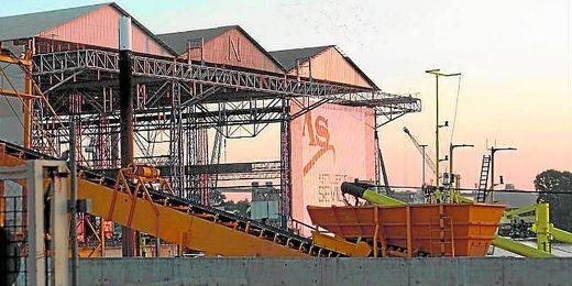 La Autoridad Portuaria desestima las solicitudes de Sevilla Shipyard y Astilleros del Guadalquivir