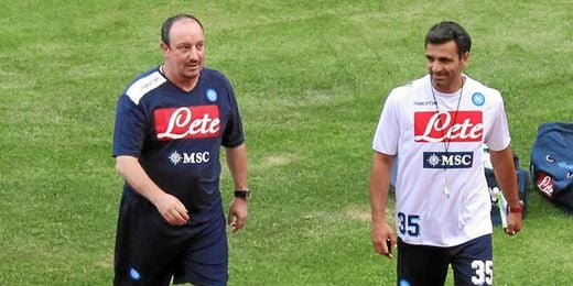 Rafa Benítez en un entrenamiento con el Nápoles.
