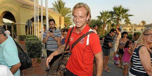El capitán del Sevilla está muy contento de jugar con su selección.
