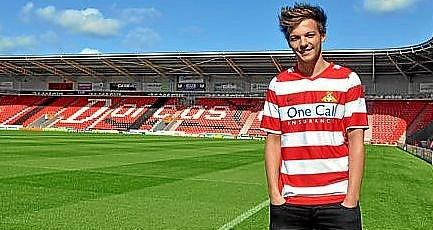 El cantante de One Direction, Louis Tomlinson