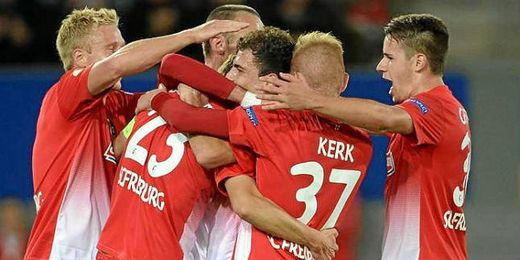 Los jugadores del Friburgo celebran un gol de esta temporada.