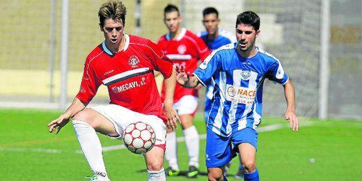 Jugada del encuentre Estrella - Espeleño correspondiente a la primera jornada.
