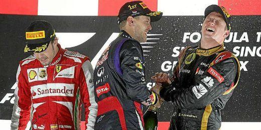 Vettel, Alonso y Raikonnen en el podium de Singapur.