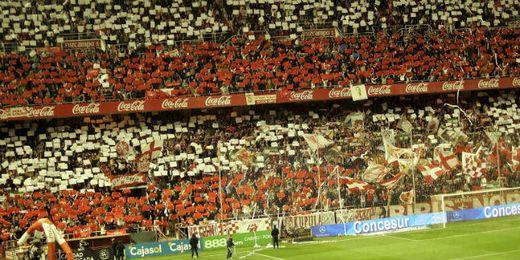 Imagen de la afición del Sevilla en Gol Norte.