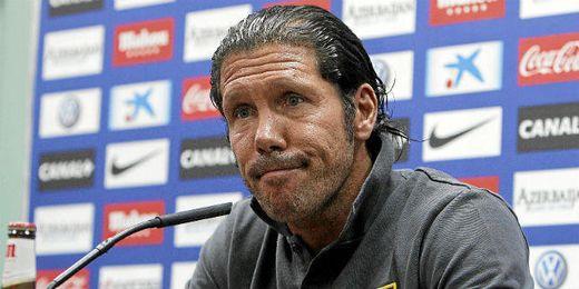 Simeone no cree que el debate de las selecciones despiste a Diego Costa.