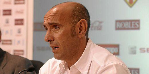 Monchi quiere que el Sevilla le quite el balón al Madrid.