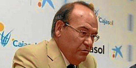 José Aguilar deja la presidencia del Cajasol
