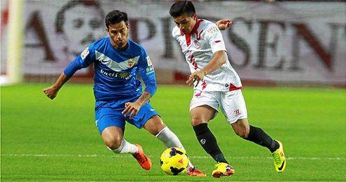 El Sevilla se impuso al Almería en un tedioso duelo.