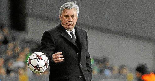 Carlo Ancelotti, ayer en el partido ante del Real Madrid ante el Copenhague.