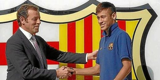 El Barcelona ha entragado los contratos del fichaje de Neymar a la Audiencia Nacional.