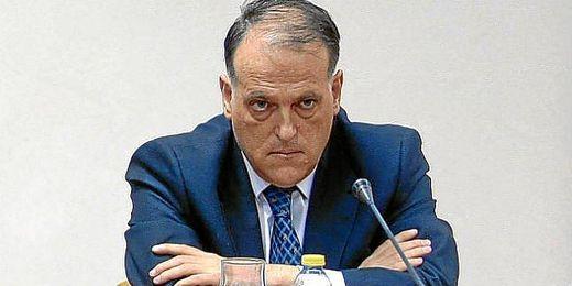 Javier Tebas, presidente de la LFP, se encarga de poner los horarios.