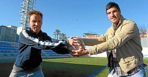 Gonzalo (Alcalá) y Álex Hornillo (San Roque de Lepe), posan durante la entrevista de ESTADIO Deportivo.