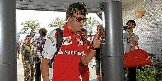 Alonso durante los entrenamientos de Sepang