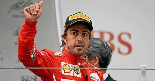 Piloto español de Ferrari, Fernando Alonso después la carrera del GP de Formula 1 de China en el circuito de Shaghai.