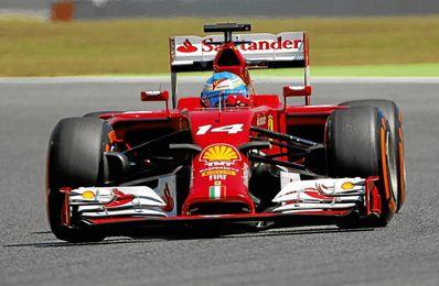 Fernando Alonso, durante la clasificación del Gran Premio de España de F1.