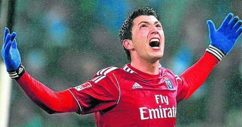 Tolgay Arslan, de origen tuco, tiene contrato con el Hamburgo hasta 2015, pero saldrá este verano.