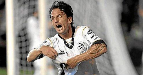 Hernán Gustavo Grana (Buenos Aires, 12-04-1985) celebra su tanto a Newell´s en el pasado Torneo Inicial.