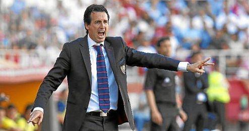 Unai Emery durante un partido en el Sánchez Pizjuán.