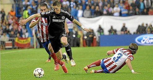 Fernando Torres en el partido de ida de las 1/2 de la Liga de Campeones entre el Atlético y el Chelsea en el Calderón.