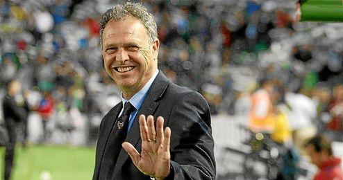 Caparrós, está a un paso de ser el nuevo entrenador del Granada.