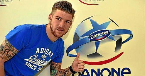 Alberto Moreno, en la presentación de la Danone Nations Cup.