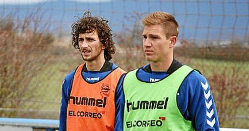Stevanovic, durante un entrenamiento con el Alavés.