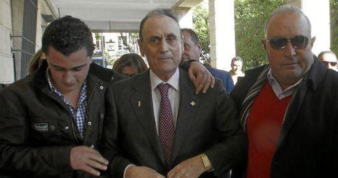 Lopera, entrando en los juzgados de Sevilla.