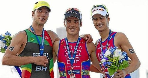 Pereira, Gómez Noya y Mola, en el podio de Chicago.