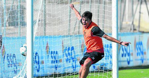 Rusescu durante un entrenamiento de esta temporada